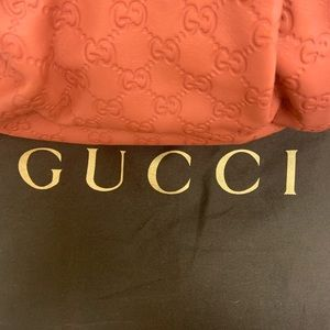 AUTHENTIC LEATHER SUKI COLLECTION GUCCI BAG